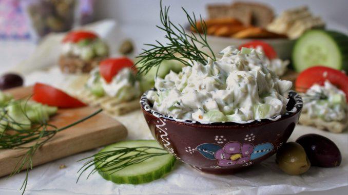 Recept nedelje: Salata ili namaz sa krastavcima 5