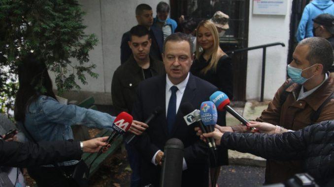 Dačić: Svako ko učestvuje u demonstracijama biće isključen iz SPS-a 2