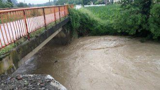 Zbog poplava vanredno stanje u Ivanjici, u 14 opština vanredna situacija (FOTO, VIDEO) 15