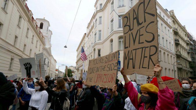 U Beču održan drugi protest protiv rasizma 3
