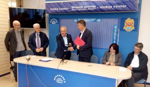 Potpisan protokol o saradnji Grada Pirota i SANU 12