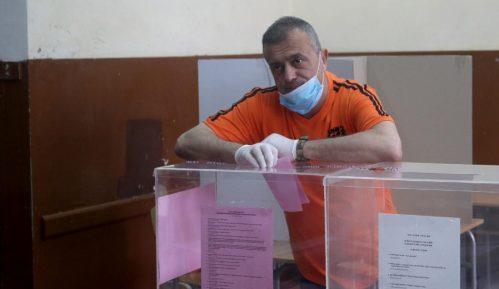 Trifunović: Zdravlje se čuva rukavicama i maskama, olovkom se čuva dostojanstvo 12
