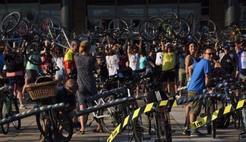 Biciklisti: Uz postojeće propise i infrastrukturu u Beogradu vožnja kolovozom opasna 4