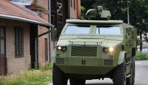 U udesu vojnog vozila u naselju Bele Vode lakše povređeni vozač i suvozač 5
