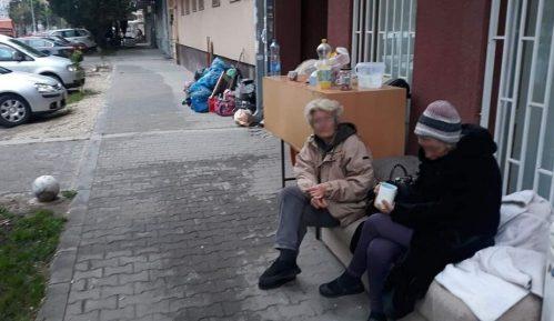 Zbog dugovanja za račune noć provele na ulici 4