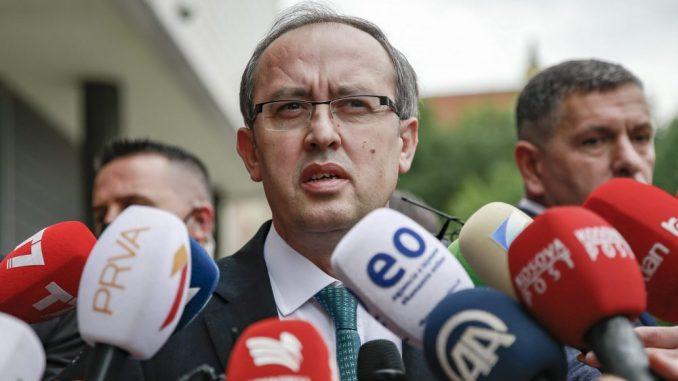 Hoti i Varhelji razgovarali o liberalizaciji viznog režima za građane Kosova 4
