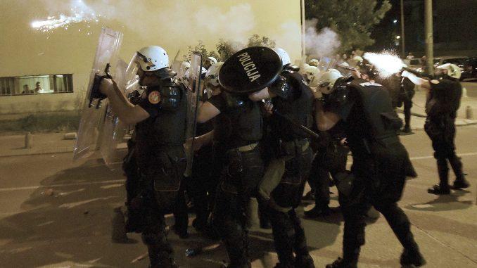 Osude nasilja u Budvi, zbog nereda u Crnoj Gori uhapšena 41 osoba 1