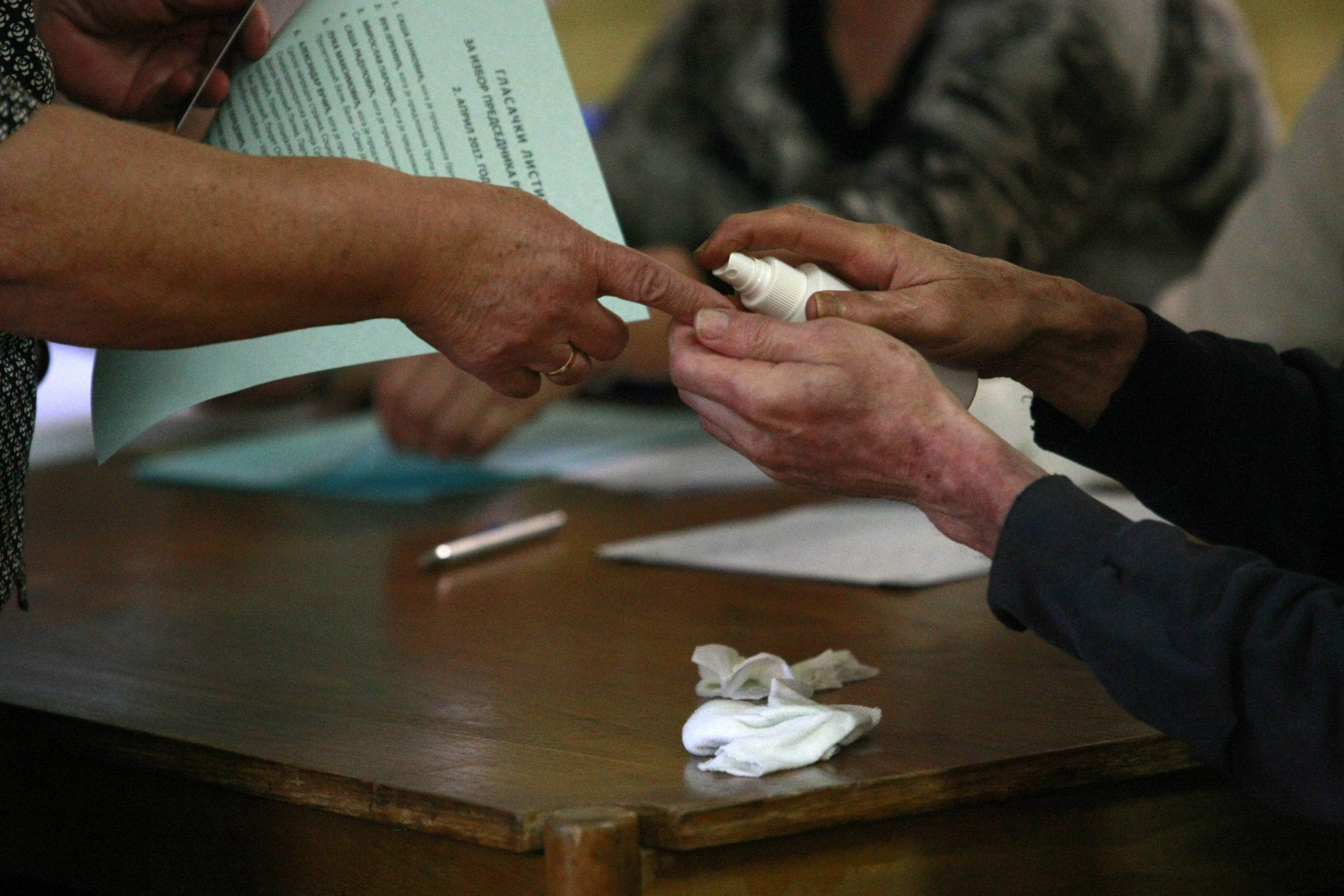 Nedeljkov (CRTA): Na dva odsto biračkih mesta zabeležene ozbiljnije nepravilnosti 1
