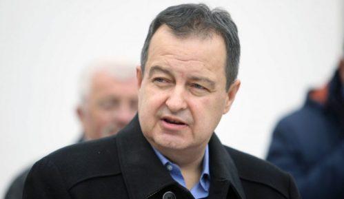 Dačić: Protesti podstiču pandemiju 7