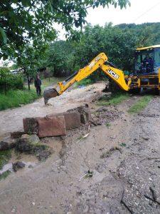 Zbog poplava vanredno stanje u Ivanjici, u 14 opština vanredna situacija (FOTO, VIDEO) 24