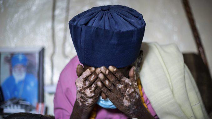 Etiopski monah za kog se veruje da ima 114 godina preživeo korona virus 1
