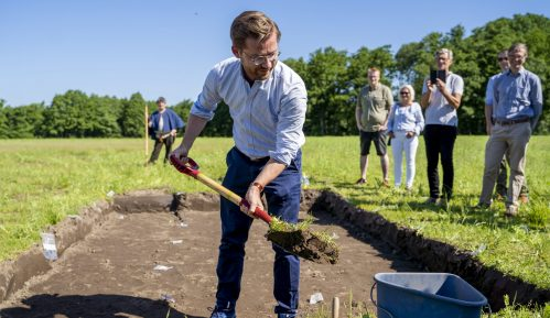 U Norveškoj počelo iskopavanje broda iz doba Vikinga 10