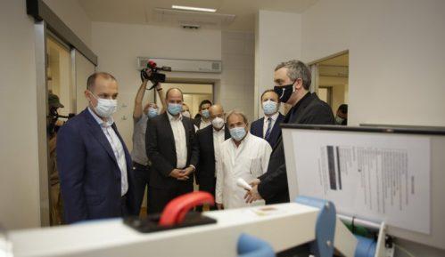 Čadež: Mobilni rendgen aparati za bolnice donacija privrede 6