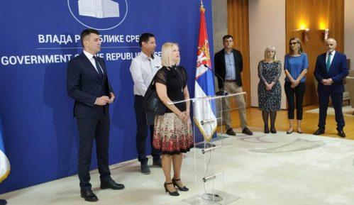 Porodici Savić odobreno usvajanje devojčice 4