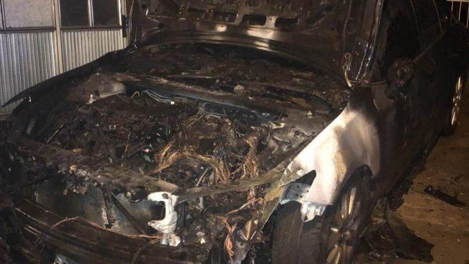 Zapaljen automobil člana CarGo u Velikom mokrom lugu 2