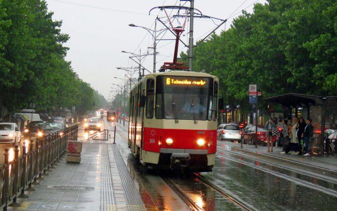 U Srbiji sutra pljuskovi i grmljavina, ponegde obilne padavine 4