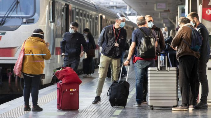 Turističke agencije traže da se ukine PCR test za ulazak u Srbiju stranaca koji su vakcinisani 4