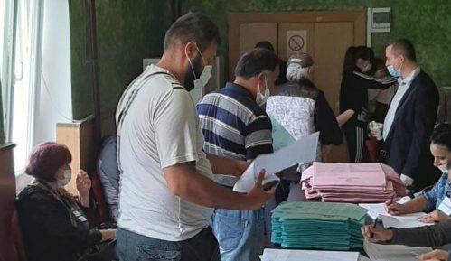 U Skupštinu Zrenjanina ulaze SNS, SPS, Metla, Vojvođanski front i Suverenisti 8