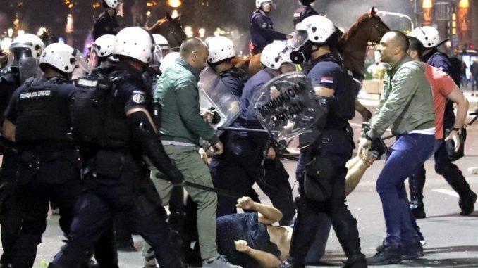 Stipendista francuske Vlade iz Kragujevca kaže da je bio uhapšen iako nije učestvovao u protestu 2