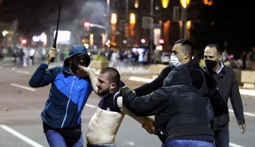 Parapolicija i policija združeno protiv građana 2