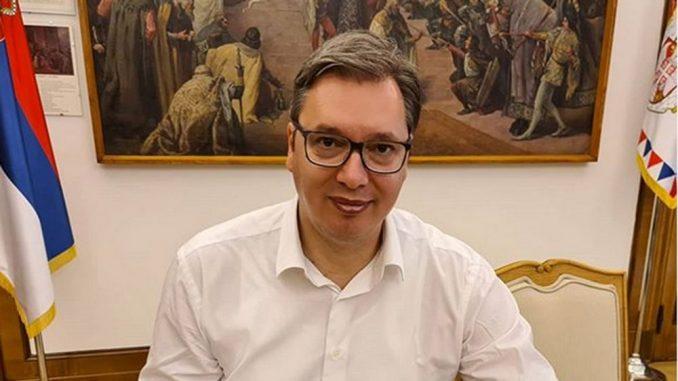 Vučić objavio da je završio prvi semestar 1
