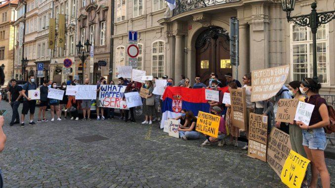 I dijaspora protiv Vučićeve diktature 3