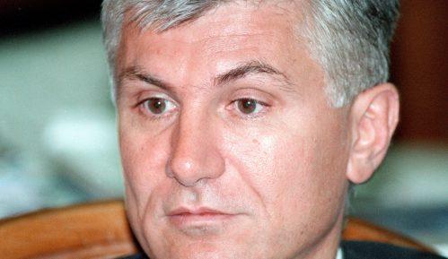 DS obišla grob ubijenog premijera Zorana Đinđića 7