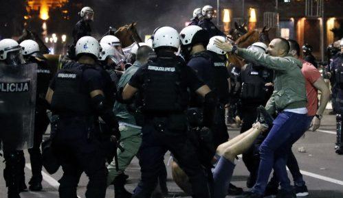 Izbori i protesti su za Vučića pitanje života i smrti 12