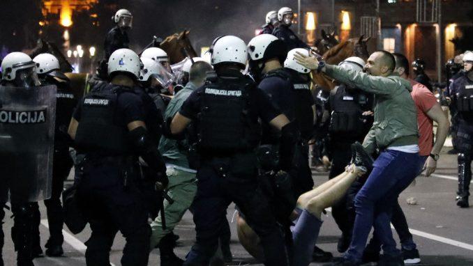 Izbori i protesti su za Vučića pitanje života i smrti 2