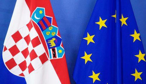 Hrvatskoj od EU čak 22 puta više nego Srbiji 12