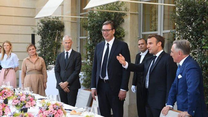 Vučić sa Makronom razgovarao o rešenju kosovsko-metohijskog problema 3