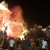 UNS: Snimatelj TV Pink lakše povređen tokom protesta u Beogradu 8