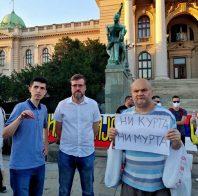 Četvrto veče protesta ponovo obeležili incidenti (FOTO, VIDEO) 27