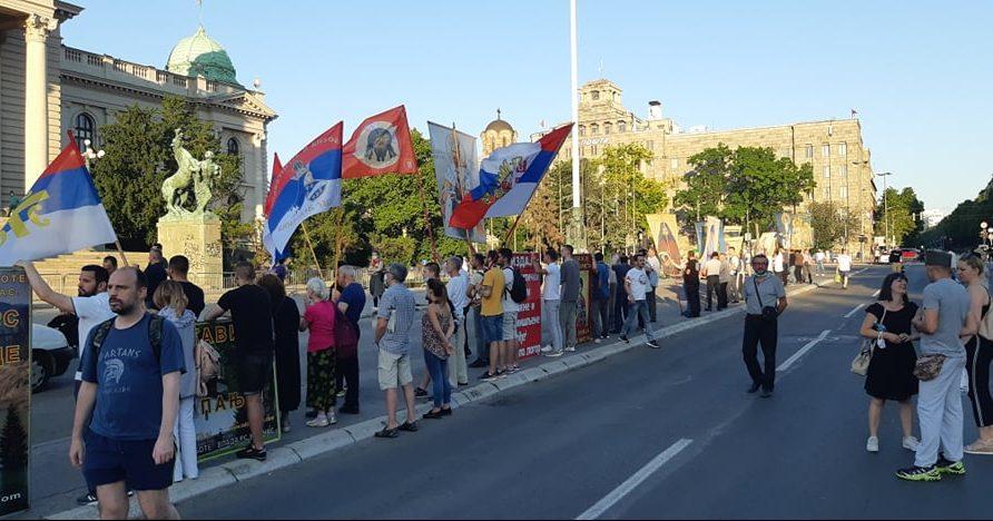 Na petom protestu manje okupljenih nego prethodnih dana (FOTO, VIDEO) 29