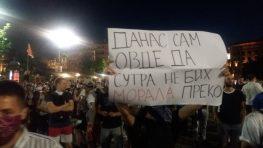 Na petom protestu manje okupljenih nego prethodnih dana (FOTO, VIDEO) 8