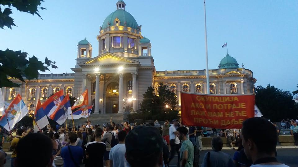 Na petom protestu manje okupljenih nego prethodnih dana (FOTO, VIDEO) 18