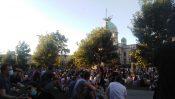Treće veče protesta prošlo bez većih incidenata (FOTO, VIDEO) 13