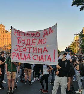 Četvrto veče protesta ponovo obeležili incidenti (FOTO, VIDEO) 22