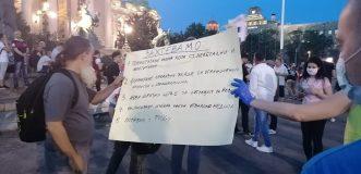 Na petom protestu manje okupljenih nego prethodnih dana (FOTO, VIDEO) 13