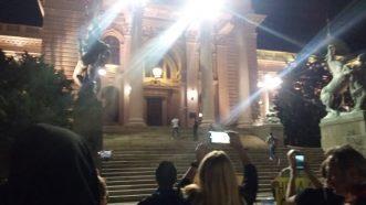 Šesti protest u Beogradu bez incidenata, uz učešće oko 1.000 ljudi (FOTO/VIDEO) 21