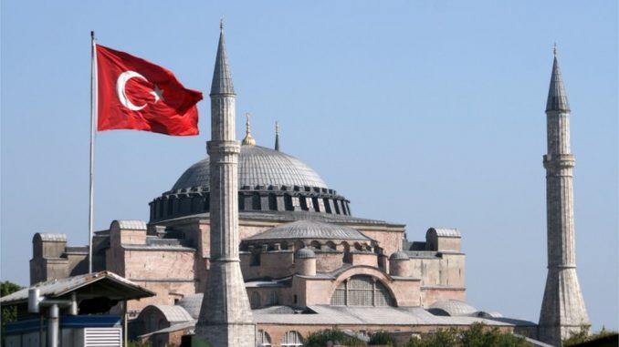 Aja Sofija i Turska: Erdogan potpisao ukaz - muzej postao džamija 4