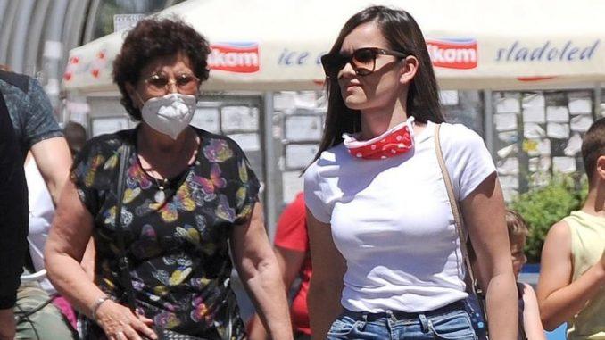 Korona virus: U Srbiji sve više pacijenata na respiratorima - u Americi 53.000 zaraženih u jednom danu, Tramp ipak hoće da nosi masku 2