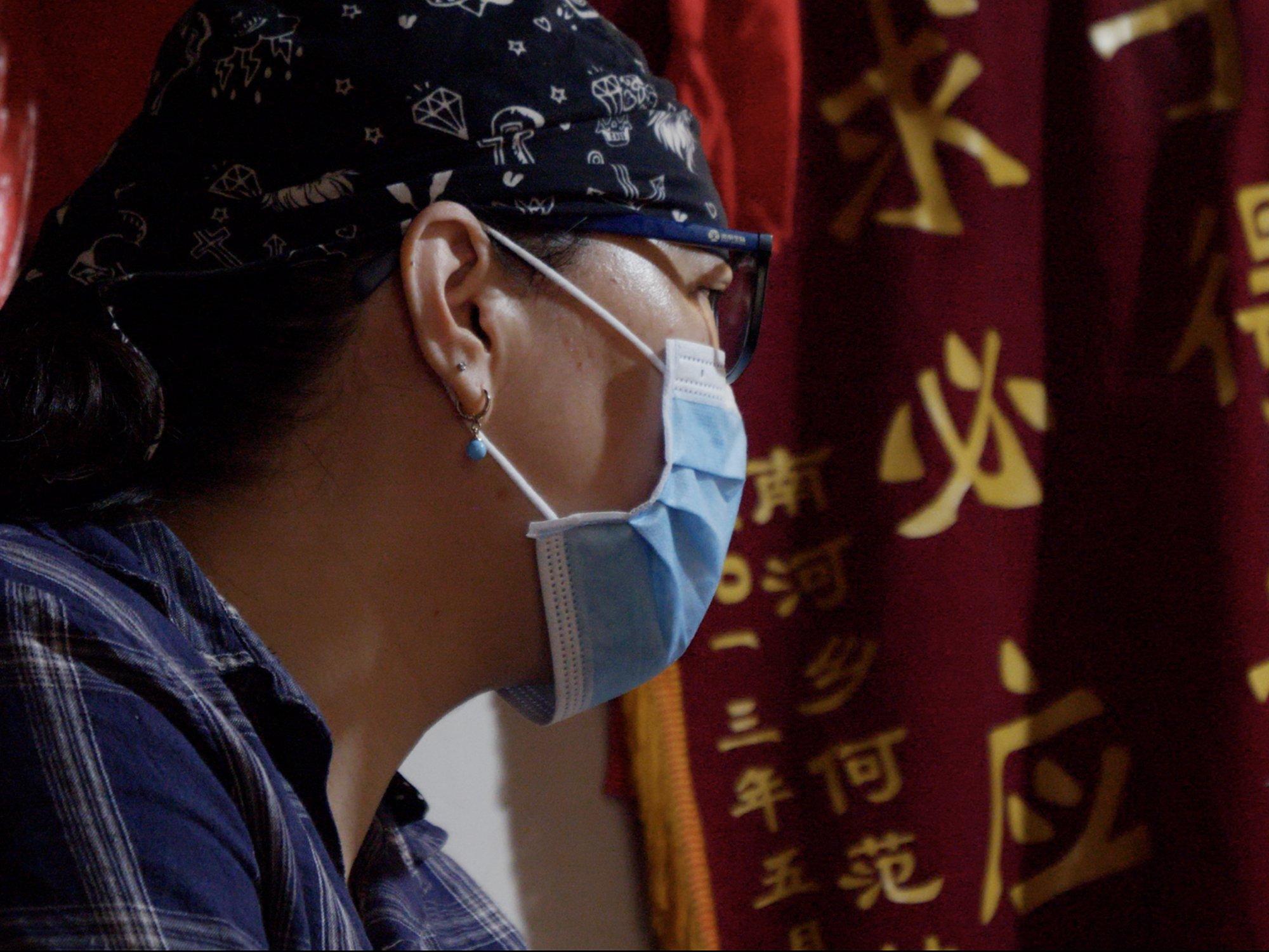 Gospođa Vang kaže da će nastaviti da traži odgovore na pitanja o smrti brata