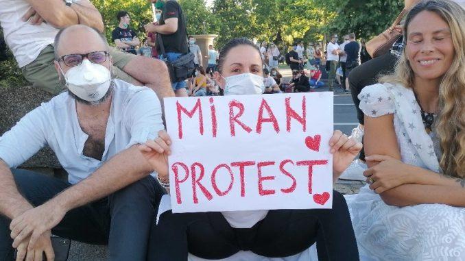 Protesti u Srbiji: U Beogradu trenutno mirna situacija, Zaštitnik građana kaže - nema prekomerne upotrebe sile 2