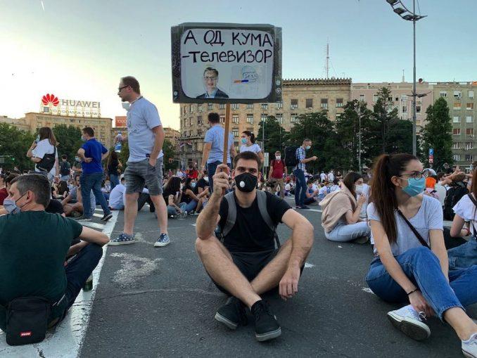 Protesti u Beogradu i Srbiji: Lažne vesti, dezinformacije, manipulacije i teorije na društvenim mrežama 4