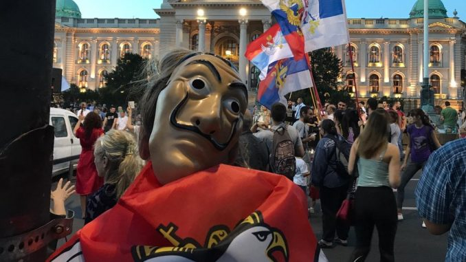 Protesti u Srbiji: U Beogradu uhapšeno 42 ljudi u subotu, mirna noć na ulicama u ostatku zemlje Srbiji 1