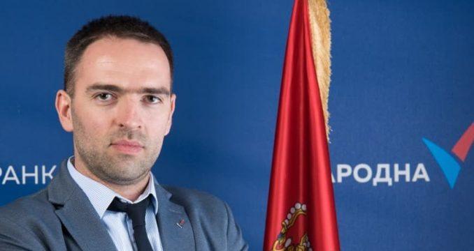 Narodna stranka: Šarčević hitno da reši problem plata zaposlenih u Ugostiteljskoj školi 3