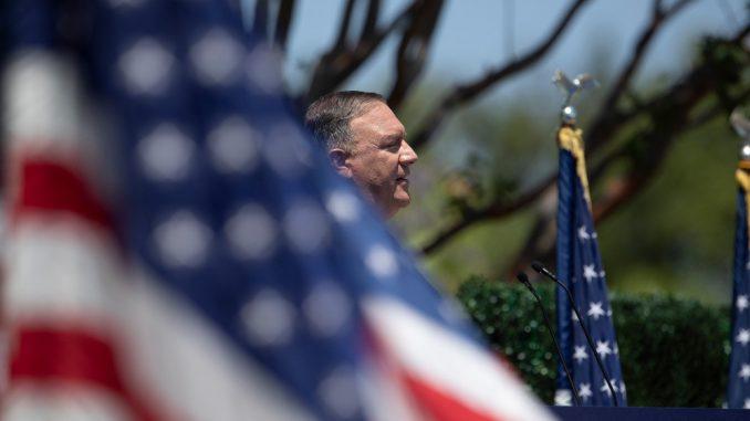 Pompeo smatra da bi Tramp trebalo da dobije Nobelovu nagradu za mir 3