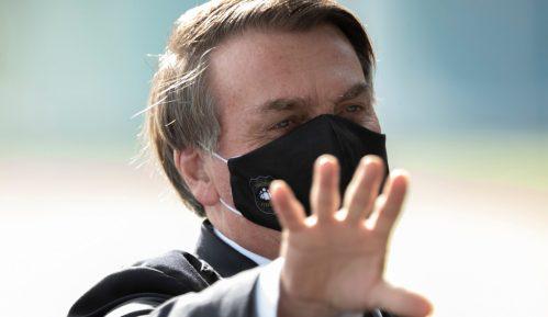 Zbog napada na Vrhovni sud Brazila Tviter i Fejsbuk blokirali naloge pristalica predsednika 6