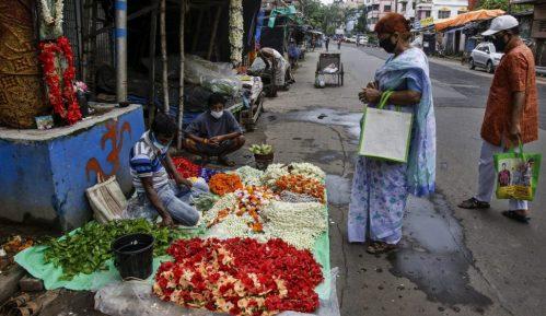 U Nju Delhiju prvi put posle 49 dana manje od 1.000 zaraženih korona virusom 12
